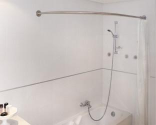 barre d'angle pour baignoire